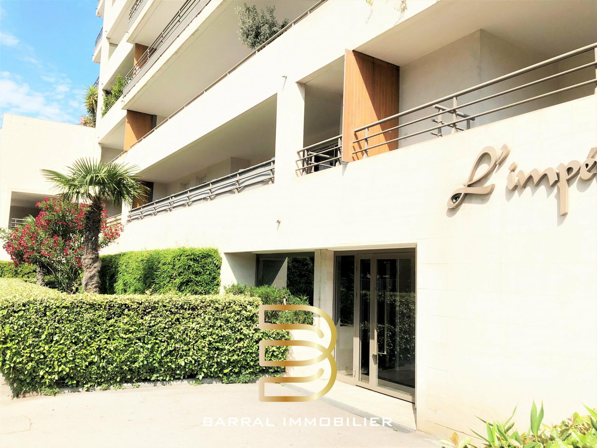 Vente Appartement Appartement de type 3 avec terrasse et garage - Sainte Anne / Saint Giniez 13008 Marseille 8